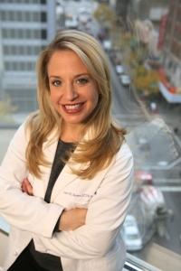 Dr  Laura Berman headshot